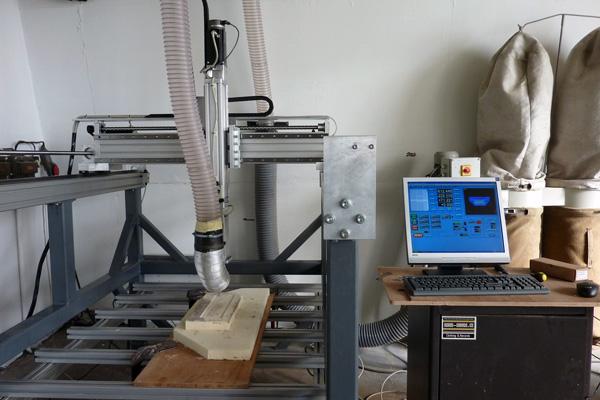 Jedna z našich 3D fréz při práci