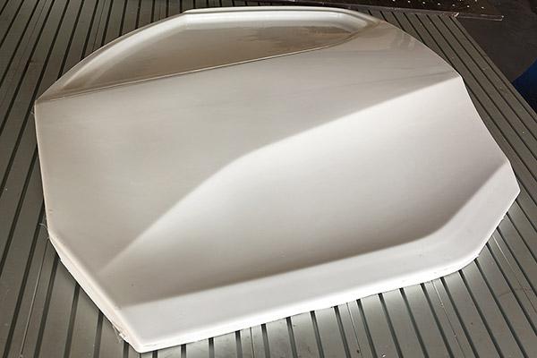 Výsledek vakuového tvarování plastů - dveře automobilu